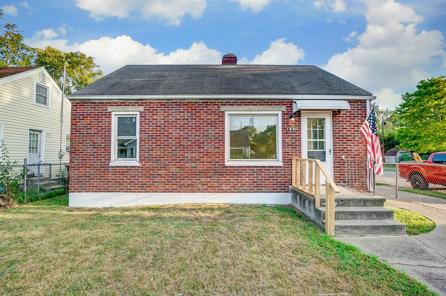 Photo 2 for 1631 Lawn Ave Middletown South, OH 45044