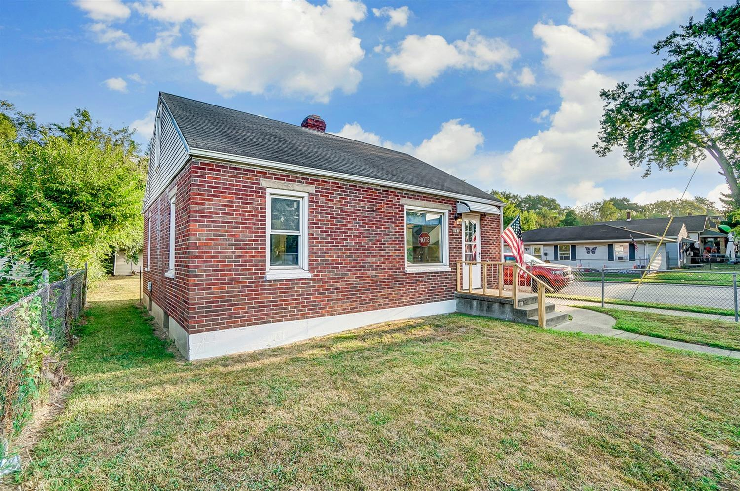 Photo 3 for 1631 Lawn Ave Middletown South, OH 45044
