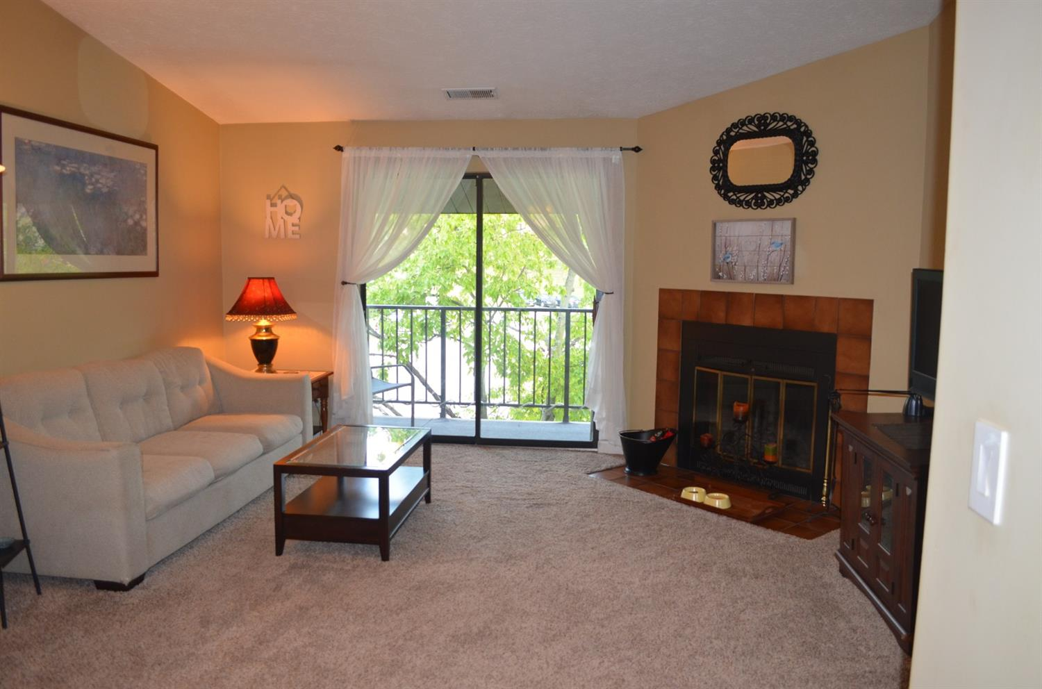 Photo 3 for 7240 Creekview Dr #12 Colerain Twp.West, OH 45247