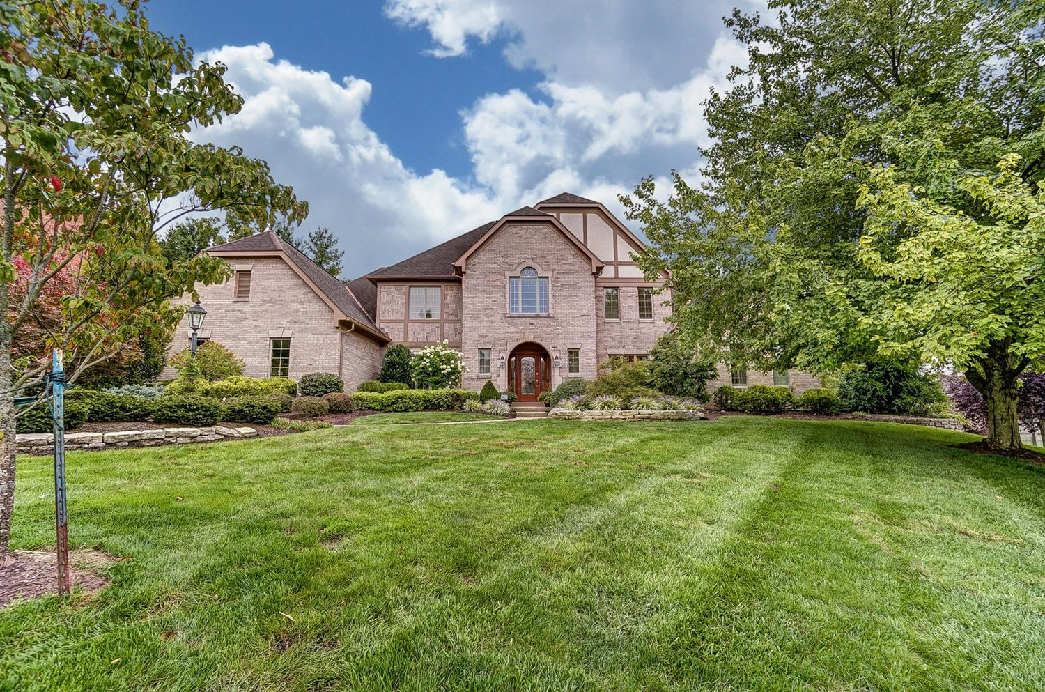 3170 Sawgrass Ct Newtown, OH