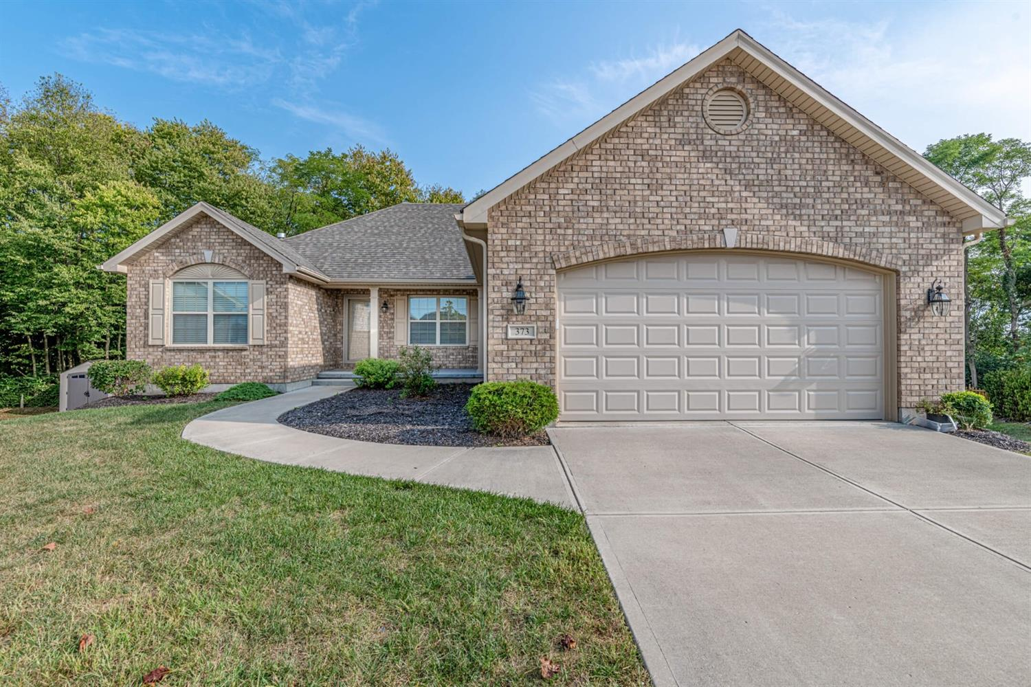 373 Clear Springs Ct Carlisle, OH