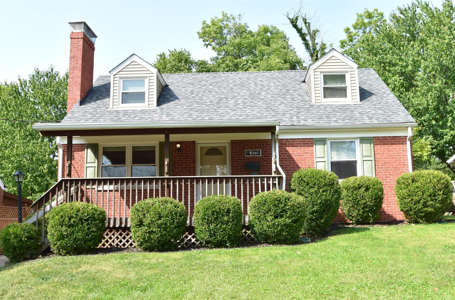 8751 Wicklow Ave Dillonvale, OH