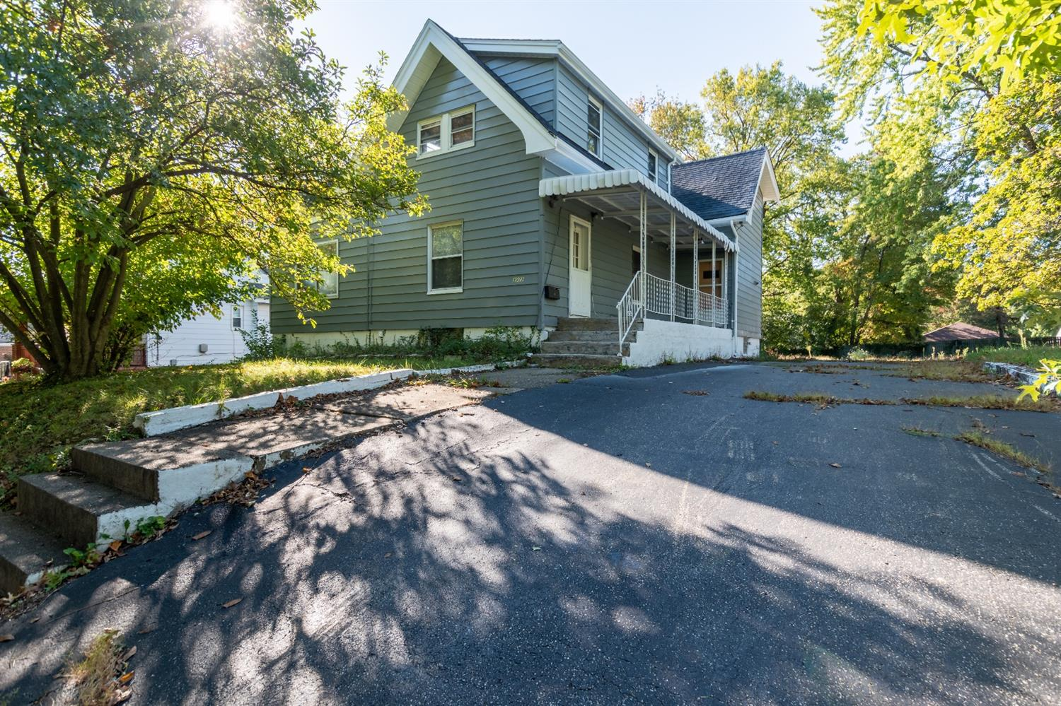 Photo 1 for 3921 Zinsle Ave Kennedy Hts., OH 45213