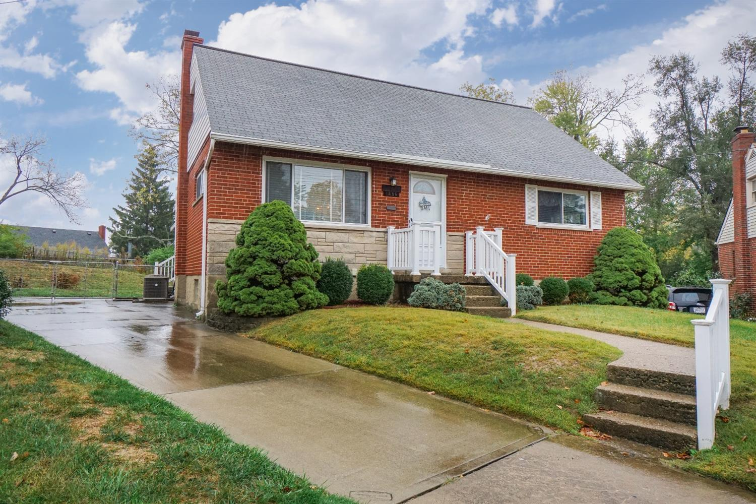 1486 Balfour Ln North College Hill, OH