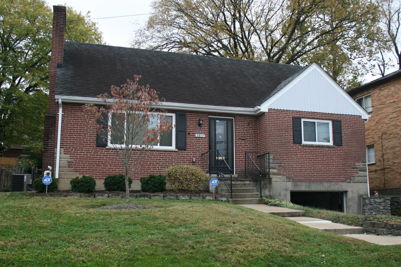 2517 Kellerman Ave Golf Manor, OH