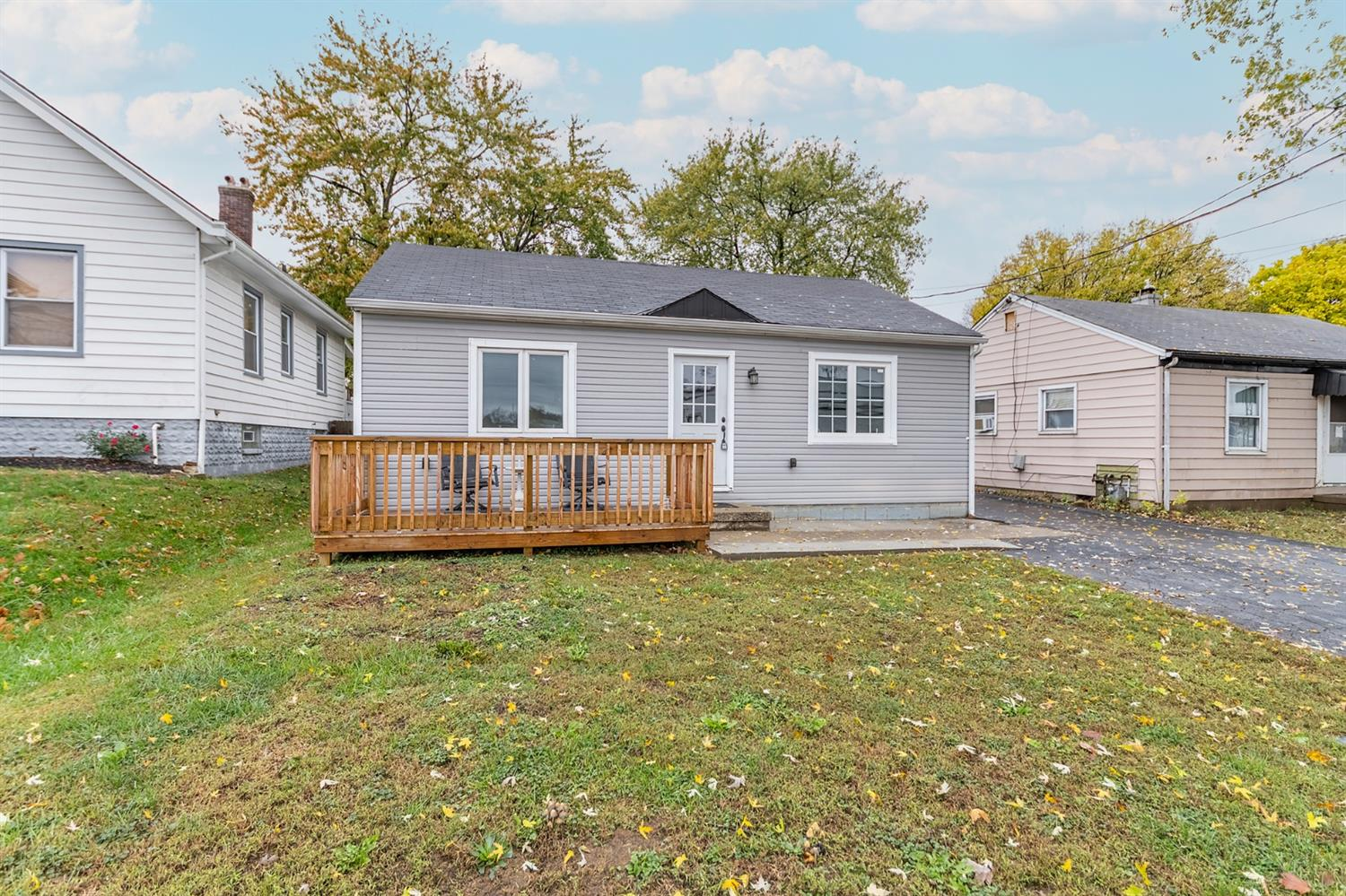 Photo 3 for 705 Shepherd Ave Lockland, OH 45215