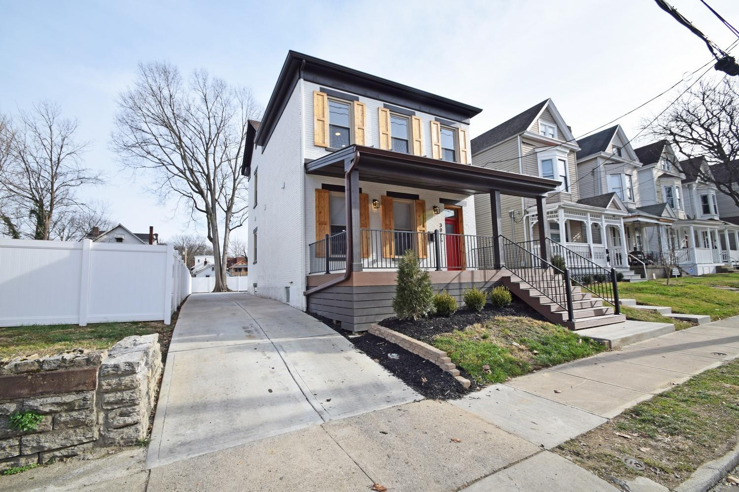 Photo 2 for 3024 Hackberry St Evanston, OH 45206