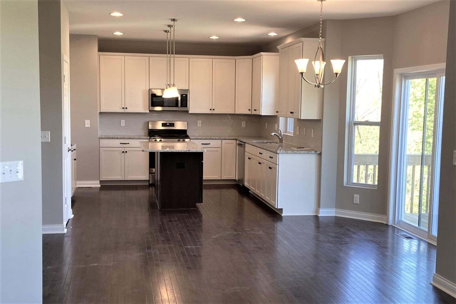 Photo 2 for 5019 Greenshire Dr #5 Green Twp. - Hamilton Co., OH 45002