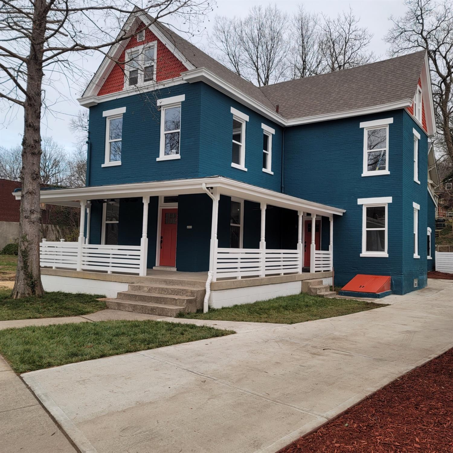 4382 Virginia Ave Northside, OH