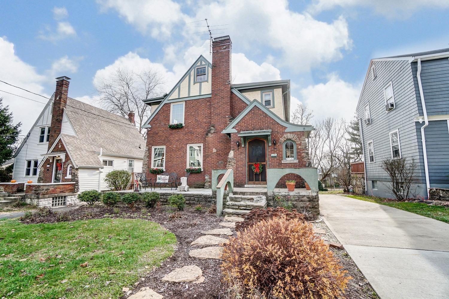 715 Beechwood Ave Spring Grove, OH