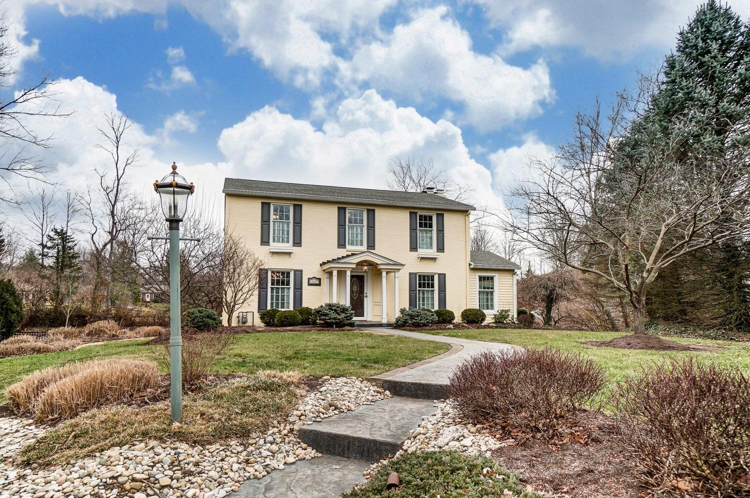 8808 Falmouth Dr Finneytown, OH
