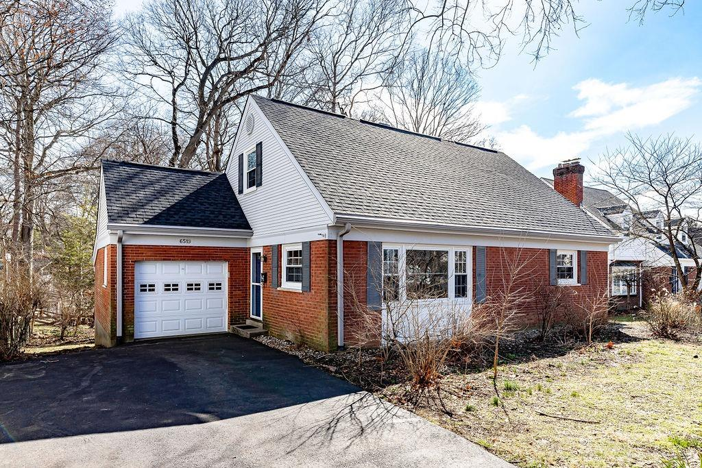 6519 Wooster Pike Mariemont, OH