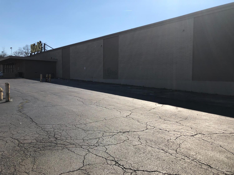 Photo 2 for 9651 Hamilton Avenue Springfield Twp., OH 45231