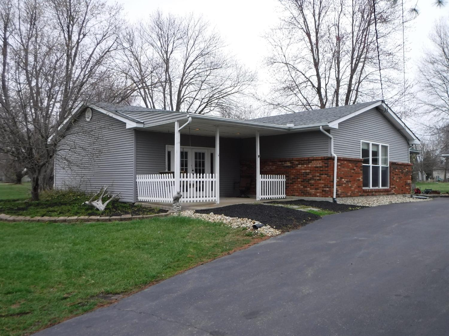 904 Krupp Drive Perry Twp., OH