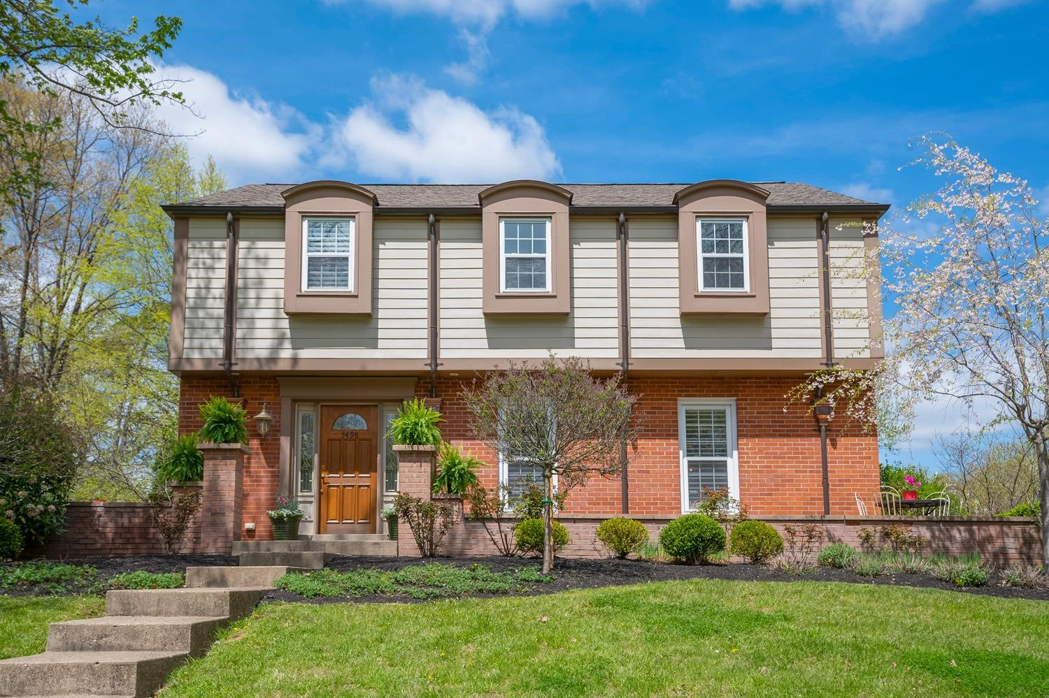 5498 Bayberry Drive Kenwood, OH