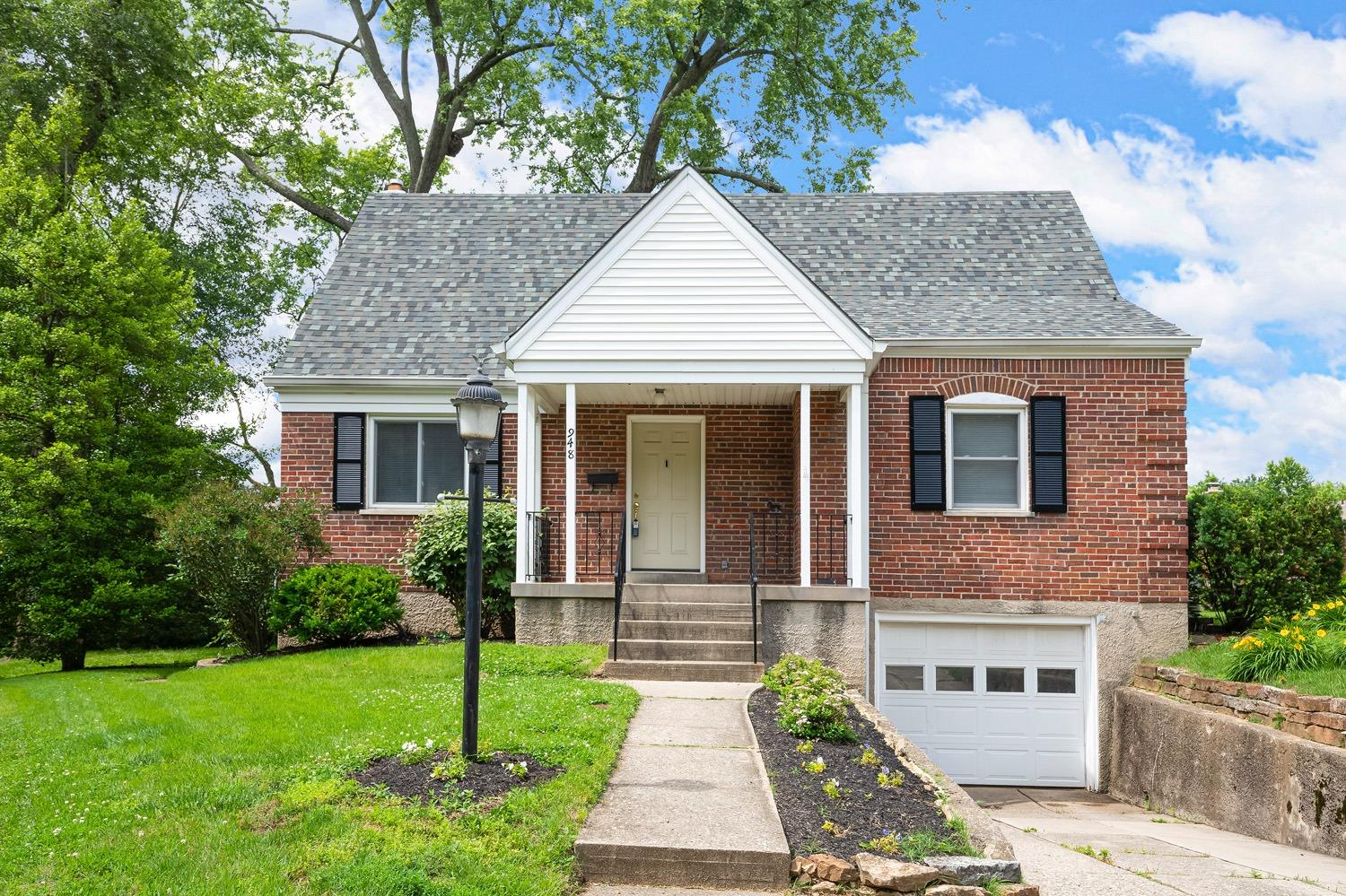 948 Winsray Court Finneytown, OH