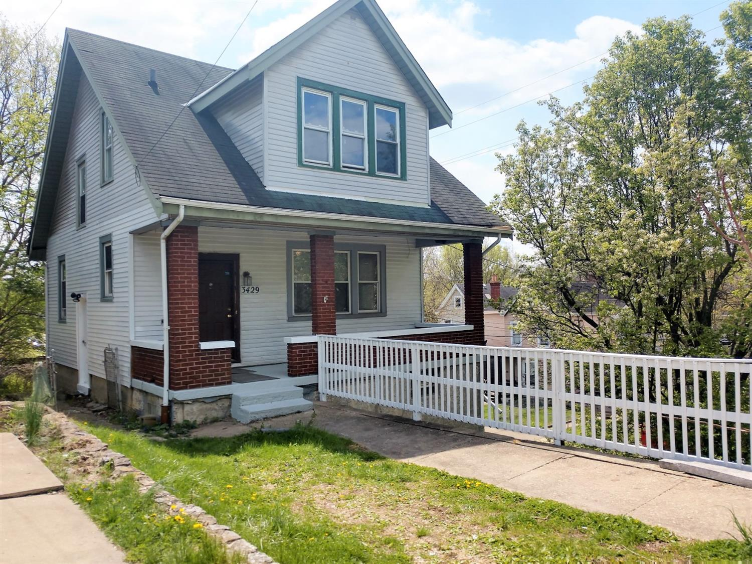 3429 W Eighth Street Price Hill, OH