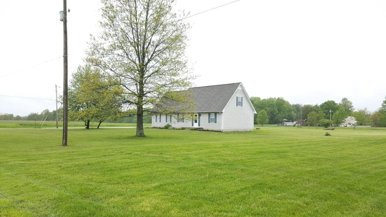 Photo 2 for 14304 Wingate Rd. Sparta Twp, IN 47032