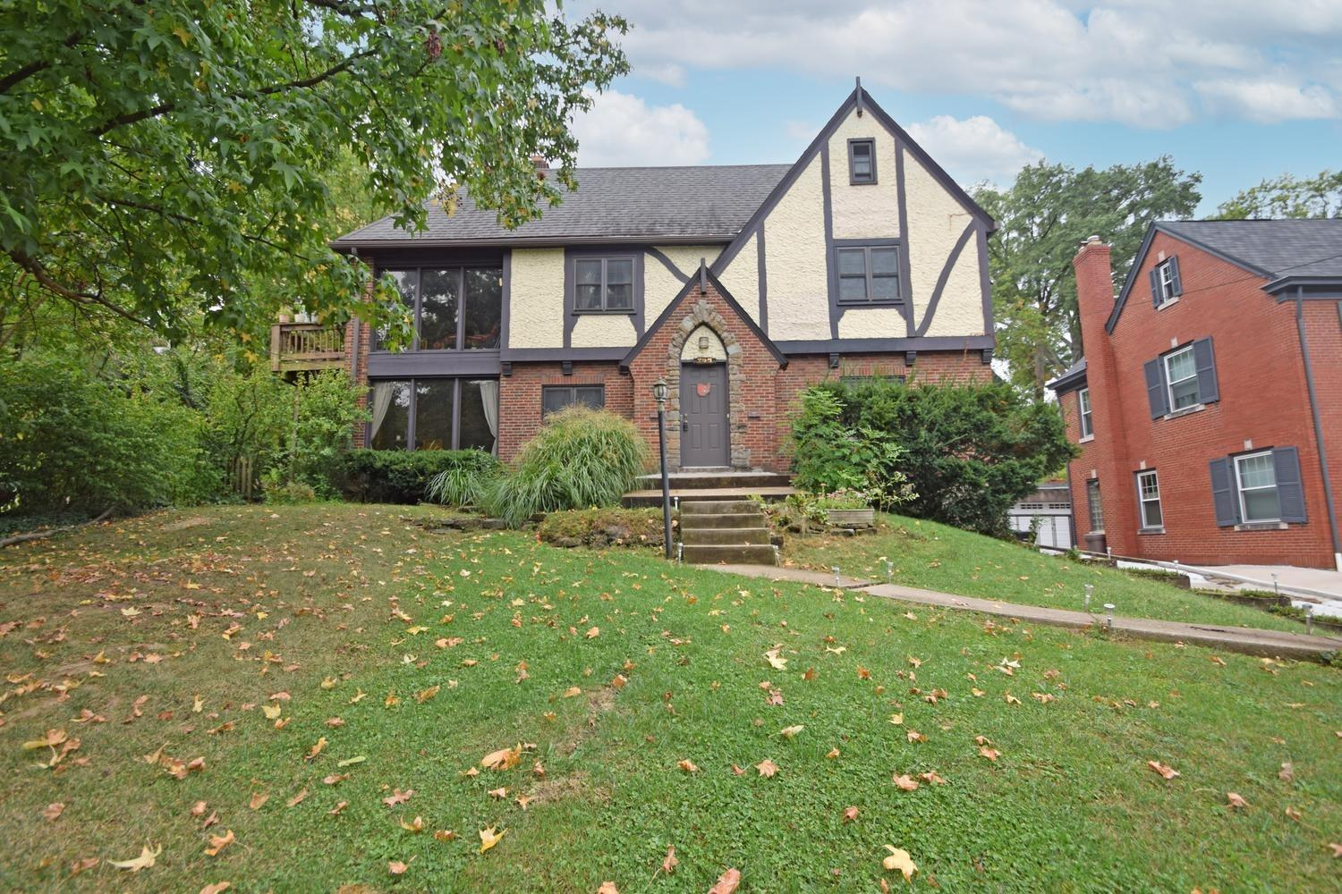 Photo 2 for 795 Ludlow Avenue Clifton, OH 45220