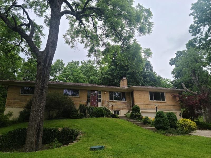 5597 Silverpoint Drive Monfort Hts., OH