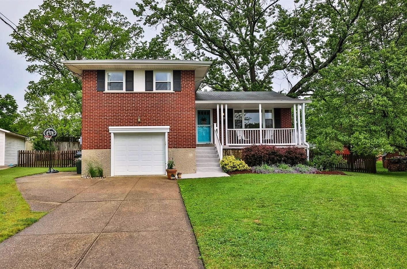 Photo 2 for 4626 Leadwell Lane Blue Ash, OH 45242