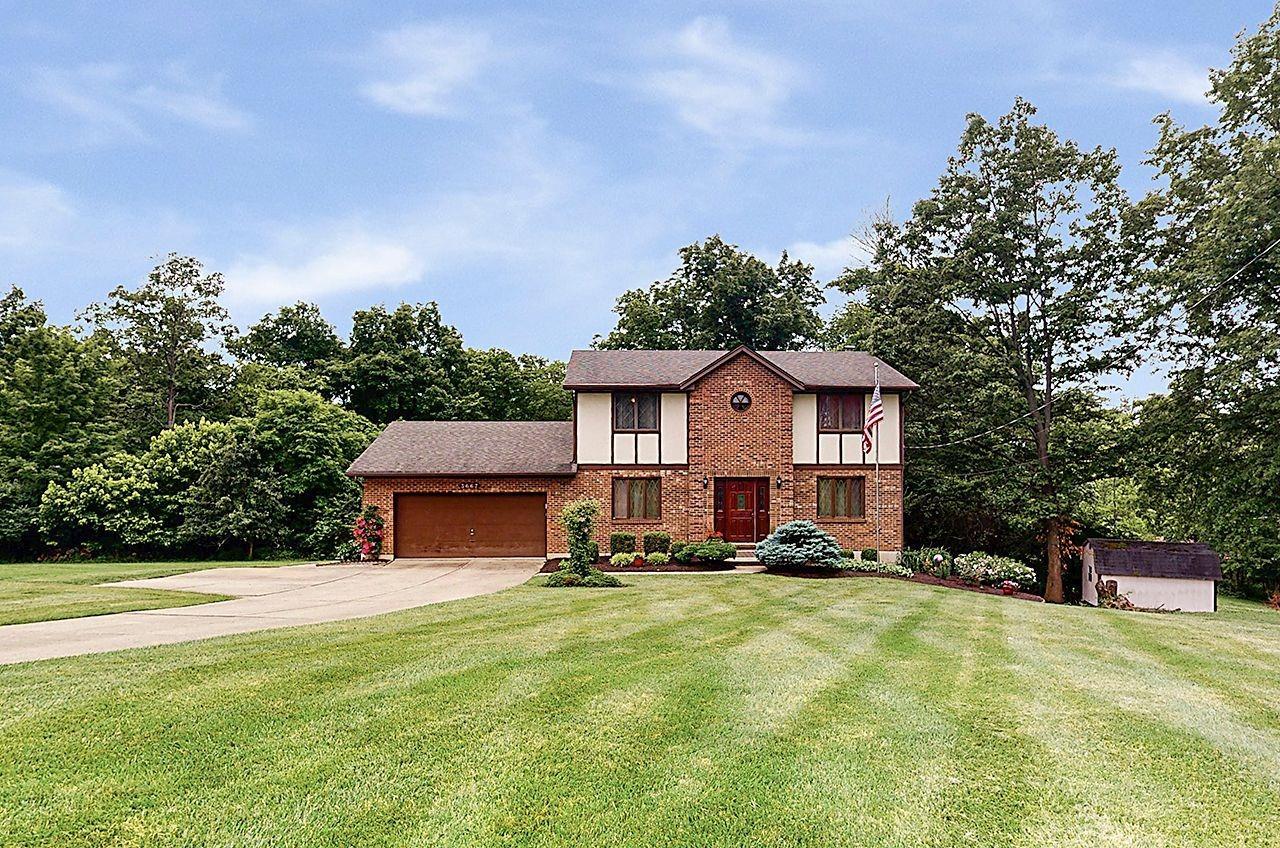 3667 Paramount Ridge Lane White Oak, OH