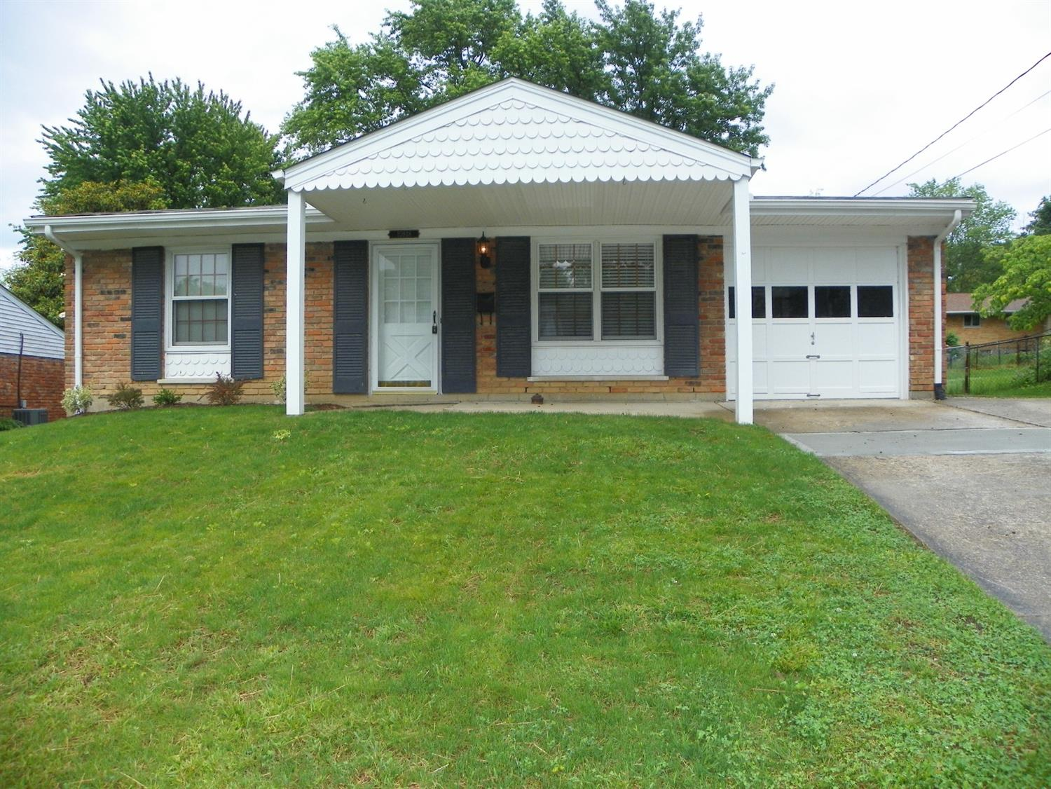 10928 Lemarie Drive Sharonville, OH