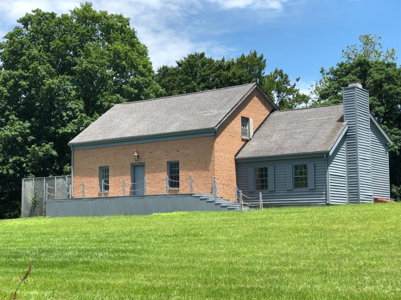 1571 Gurneyville Road