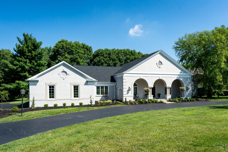 5015 Rollman Estates Drive Amberley, OH