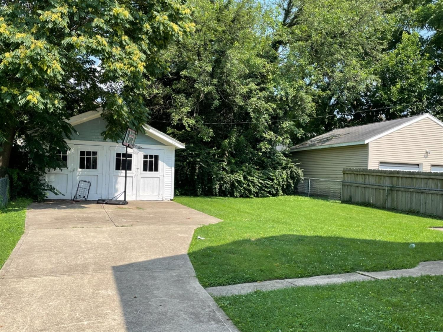 Photo 3 for 3924 Lindley Avenue Norwood, OH 45212