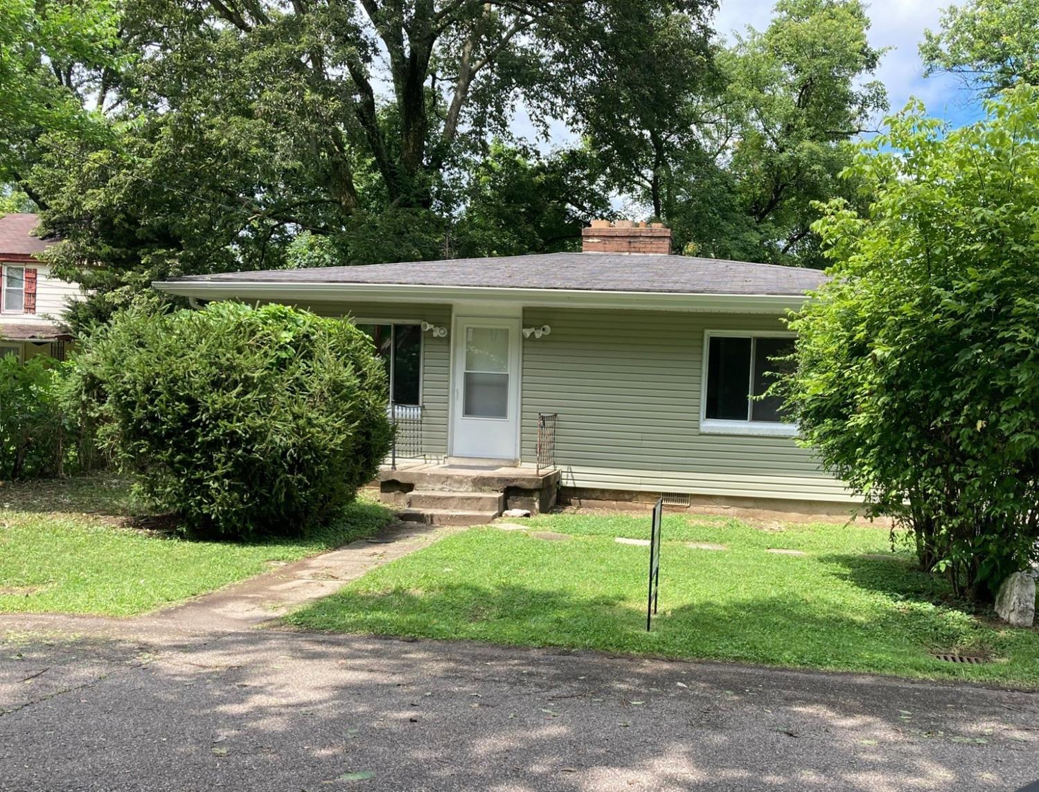 Photo 3 for 38 E Leslie Avenue Woodlawn, OH 45215