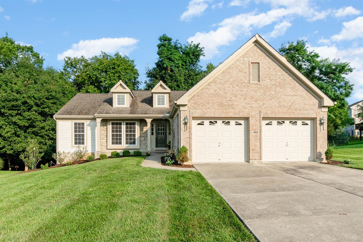602 Ledgeview Court Cleves, OH