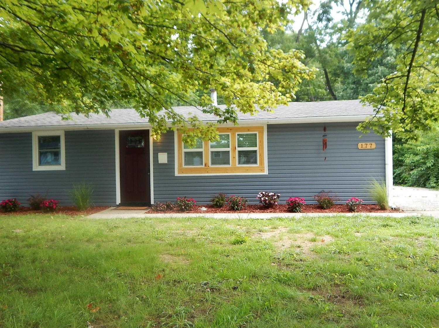 Photo 2 for 177 N Orchard Circle Blanchester, OH 45107
