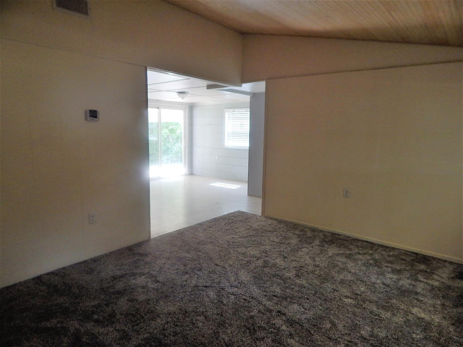 Photo 3 for 177 N Orchard Circle Blanchester, OH 45107