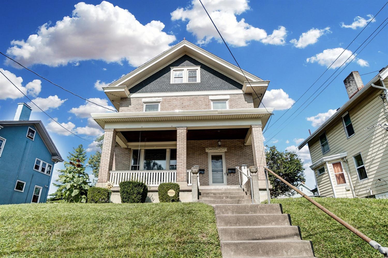 3835 Burwood Avenue