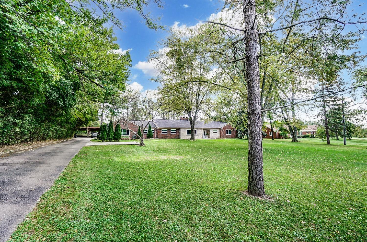 Photo 3 for 413 N Marshall Road Middletown North, OH 45042