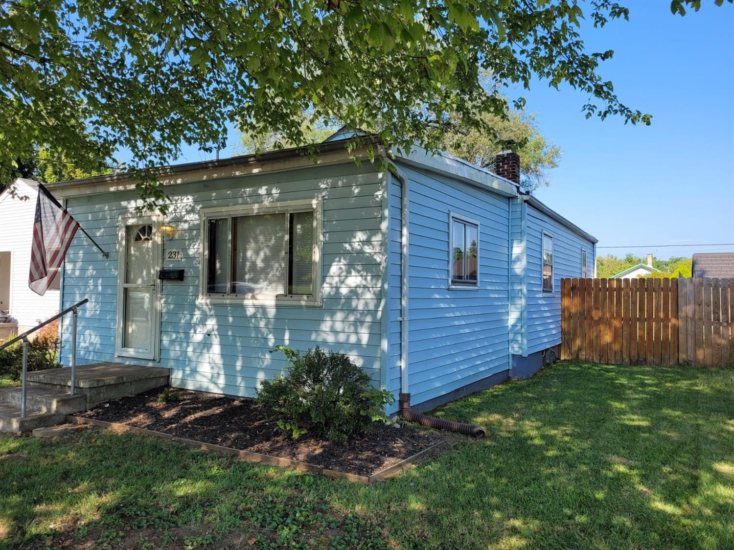Photo 3 for 231 Highland Avenue St. Clair Twp., OH 45011