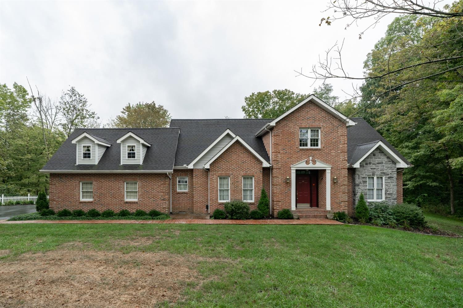 85 Heritage Hill Drive