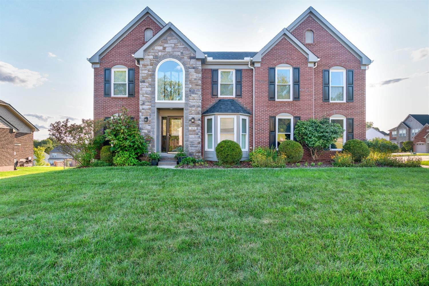 303 Newpine Drive Cleves, OH