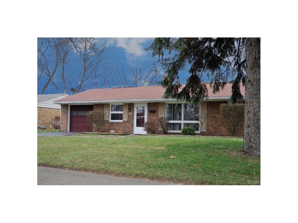 real estate photo 1 for 640 Wiltshire Blvd Kettering, OH 45419