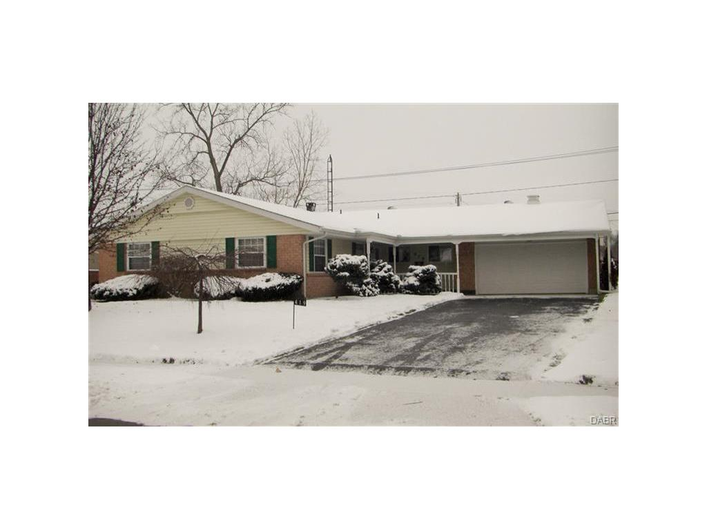 real estate photo 1 for 419 Katy Ln Englewood, OH 45322