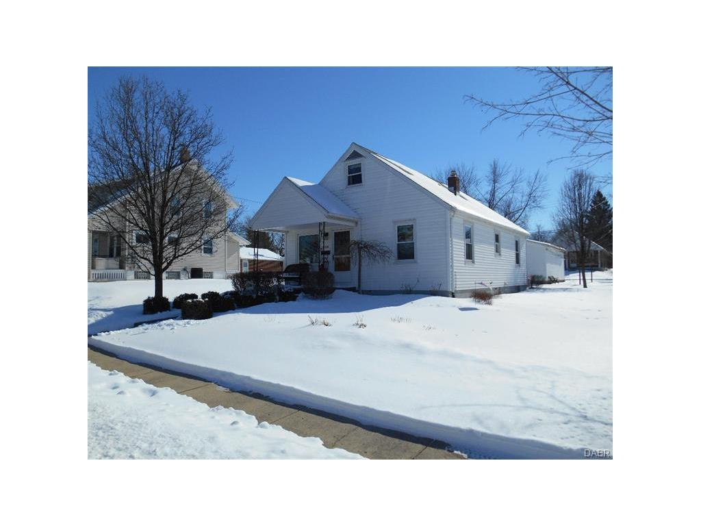 real estate photo 1 for 1128 Devon Ave Kettering, OH 45429