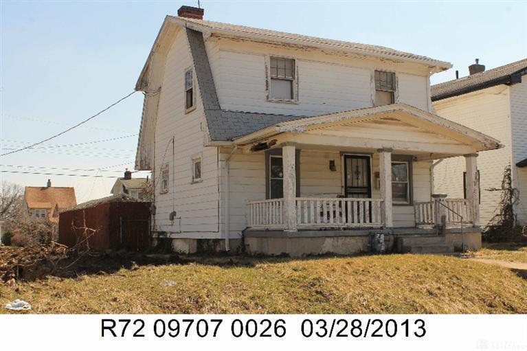 Photo 1 for 816 Dennison Ave Dayton, OH 45408