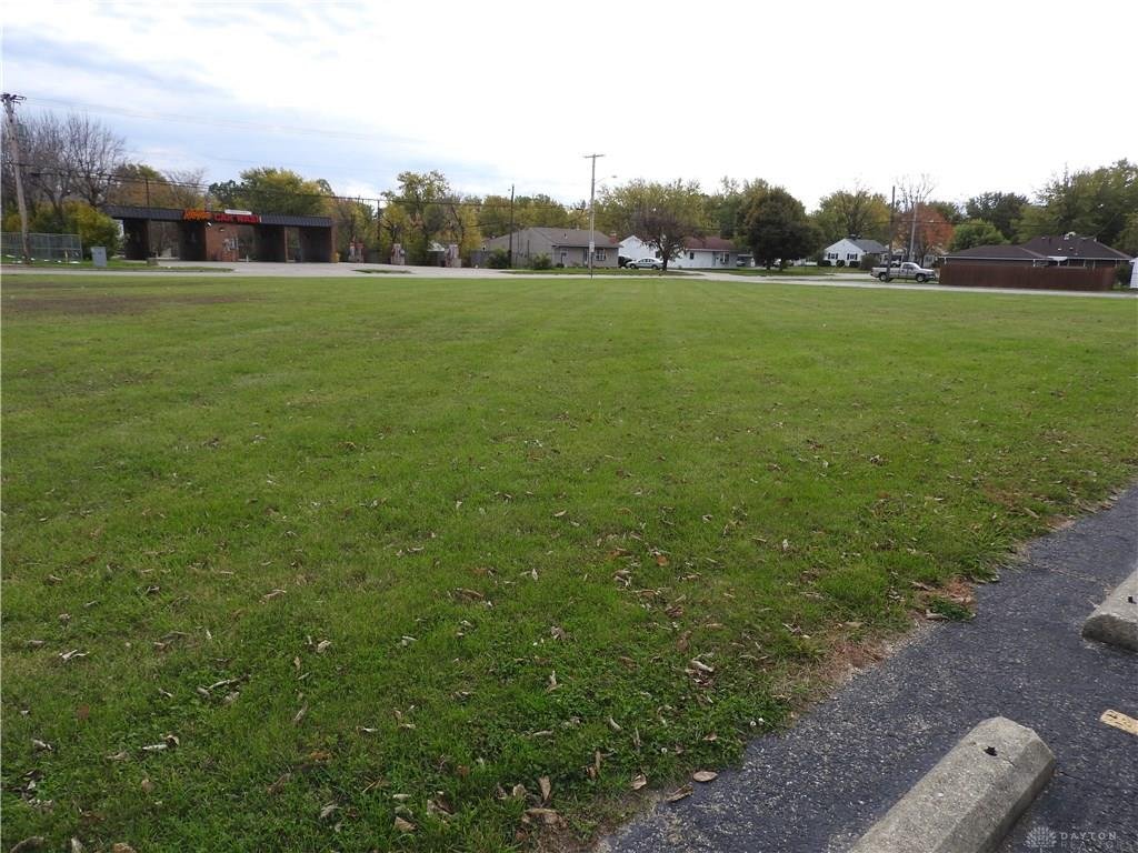 Photo 2 for 626 W National Rd Vandalia, OH 45377