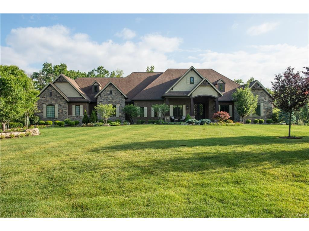 8228 Voltaire Ct Clearcreek Township, OH