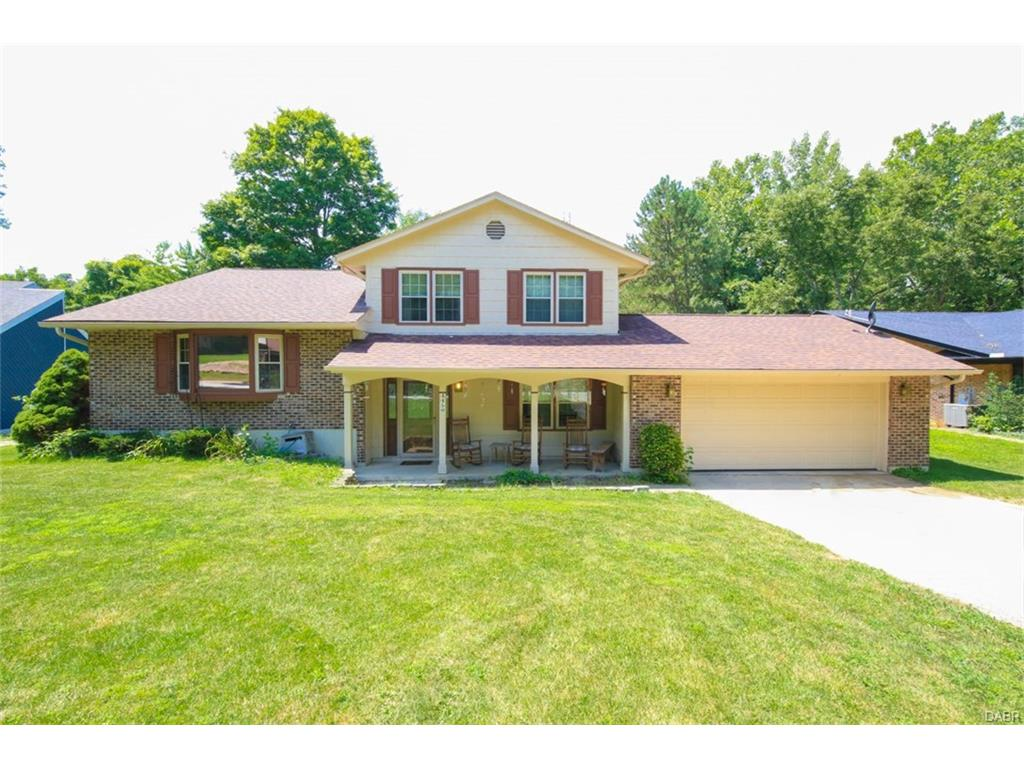 4450 Valley Brook Dr Englewood, OH