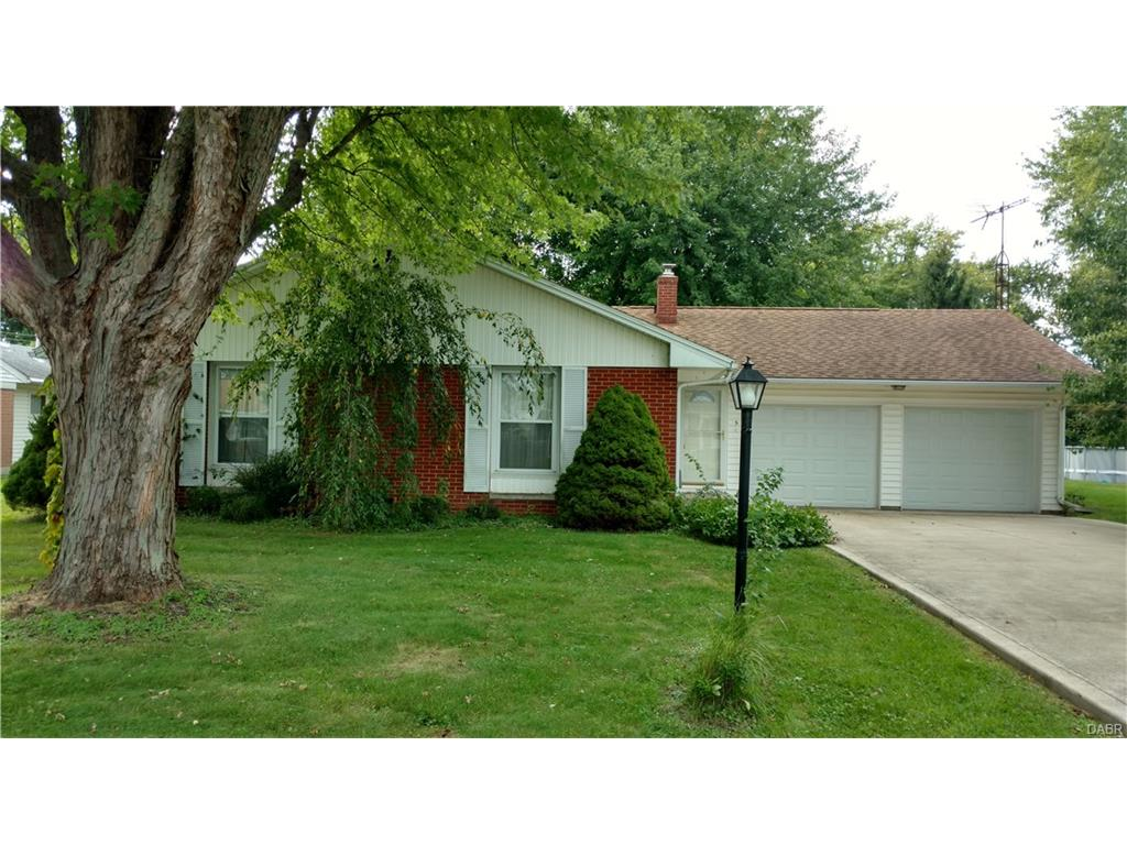 5 Maplewood Dr Jamestown, OH