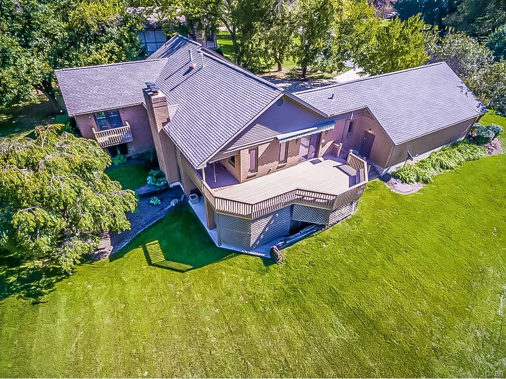 1800 Westchester Ct Clearcreek Township, OH