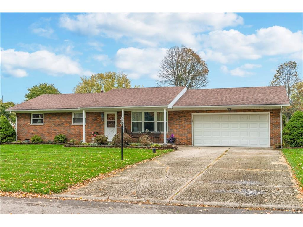 2685 Rosewood Dr Troy, OH