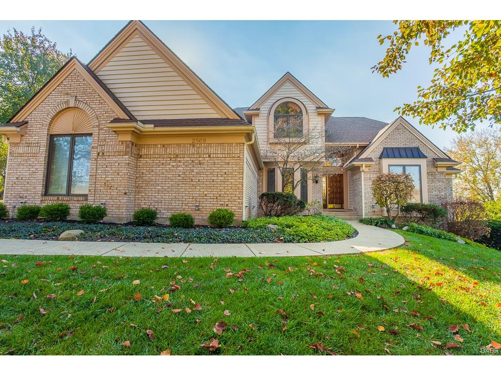 2569 Indian Wells Trl Sugarcreek Township, OH